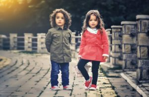 kids fashion pose