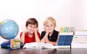 kids globe classroom
